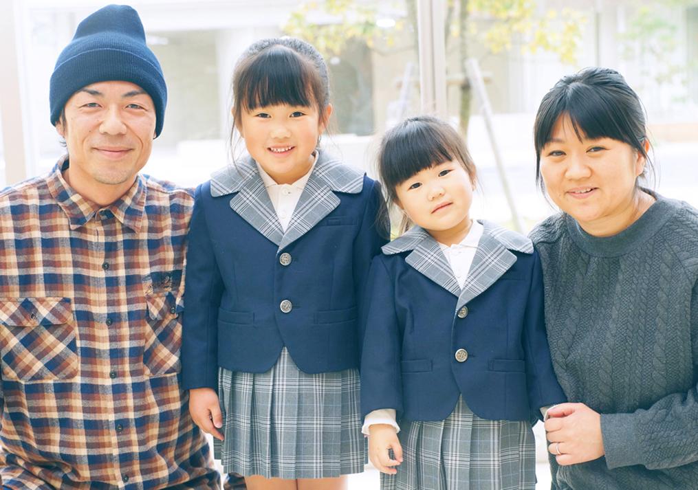 入学式の家族写真